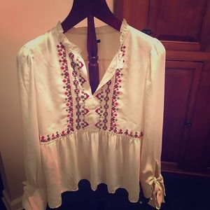 Ann Taylor cream blouse with embroidery